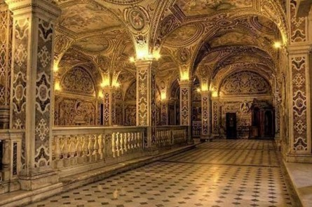 cripta-de-catedral-de-salerno.jpg