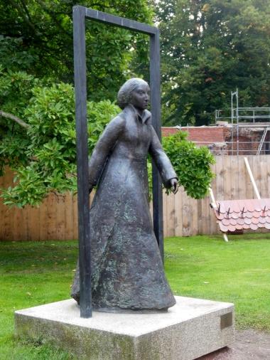 Katie statue 1.jpg