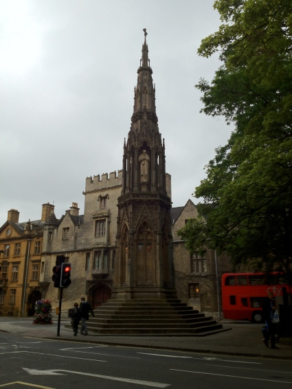 Oxford Martyrs memorial.jpg